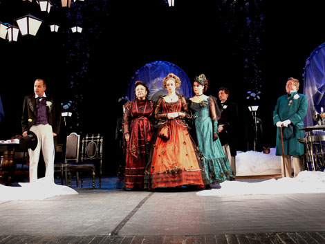 "The play ""The Wedding"" performed by the artists from Taganrog on stage of Donetsk Drama Theater"
